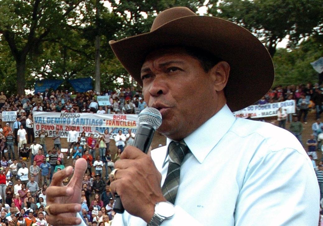 Resultado de imagem para foto do pastor Valdemiro Santiago