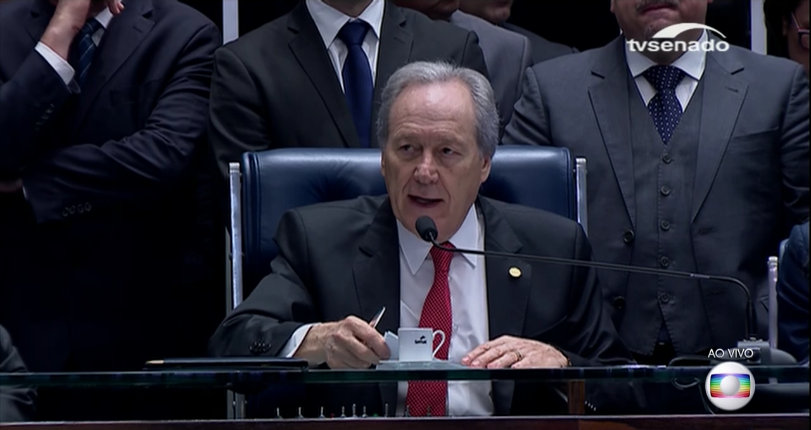 Ministro do STF, Ricardo Lewandowski, durante sessão do impeachment de Dilma no Senado (Foto: Reprodução/Globo)