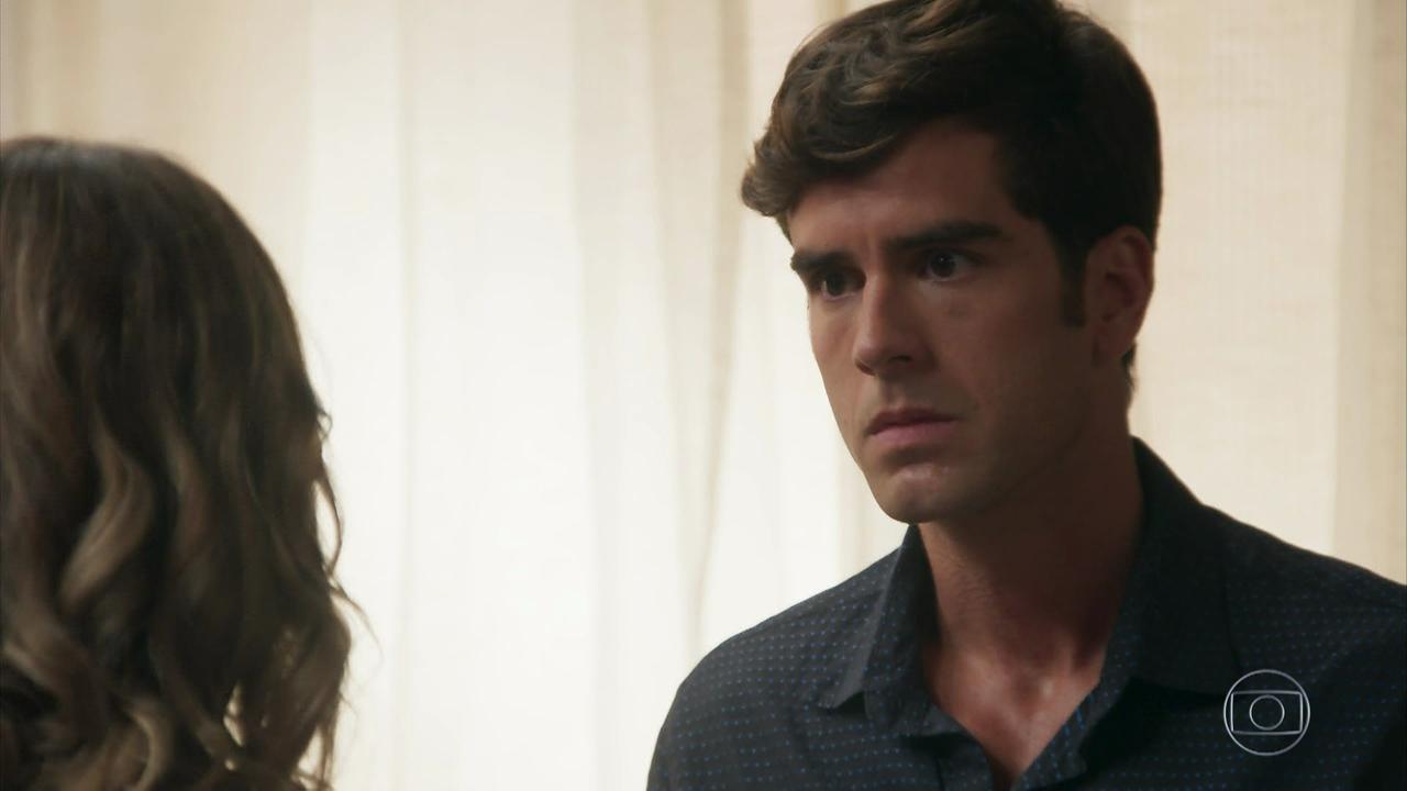 """Felipe (Marcos Pitombo) em cena de """"Haja Coração"""" (Foto: Reprodução/Globo)"""