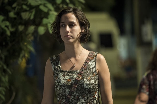 "Regina (Camila Mardila) em ""Justiça"" (Foto: Globo/Estevam Avellar)"