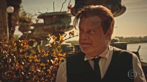 """Afrânio (Antonio Fagundes) em cena de """"Velho Chico"""" (Foto: Reprodução/Globo)"""