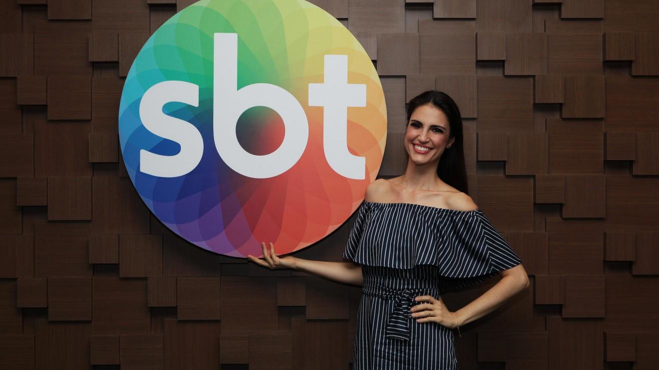 Chris Flores é anunciada como nova apresentadora do SBT (Foto: Cauana Fernandes/SBT)