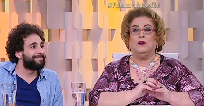 """Mamma Bruschetta e Murilo Couto no """"Fofocando"""", ontem (01) (Foto: Reprodução/SBT)"""