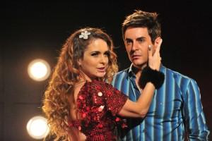 """Chayene ( Cláudia Abreu ) e Fabian (Ricardo Tozzi) em cena de """"Cheias de Charme"""" (Foto: Globo/João Miguel Júnior)"""