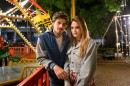 "Pedro (Chay Suede) e Helô (Isabelle Drummond) em ""A Lei do Amor (Foto: Globo/Ramón Vasconcelos)"
