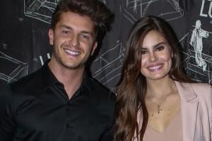 """Camila Queiroz. Foto do site da O TV Foco que mostra Empresas se """"estapeiam"""" para patrocinar o casamento de Camila Queiroz e Klebber Toledo"""