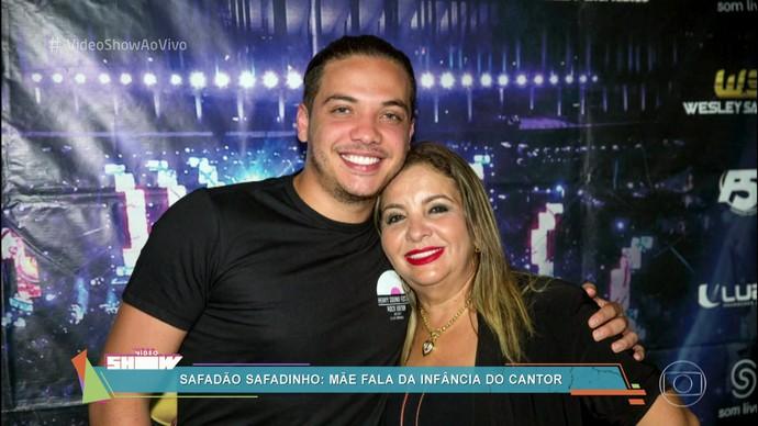 Wesley Safadão e Dona Bill, sua mãe (Foto: TV Globo) Wesley Safadão mãe