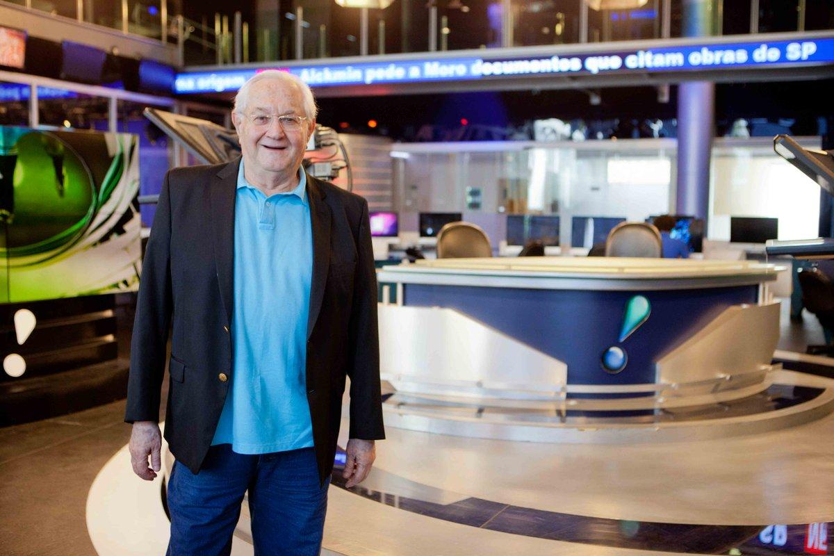 Boris Casoy é o âncora do RedeTV! News (foto: divulgação)