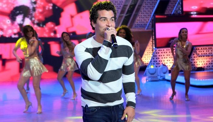 """Ator Thiago Martins no """"Sabadão"""", no SBT (Foto: Lourival Ribeiro/SBT)"""