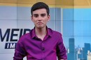 """Dudu Camargo apresenta o """"Primeiro Impacto"""" (Foto: Reprodução/SBT)"""