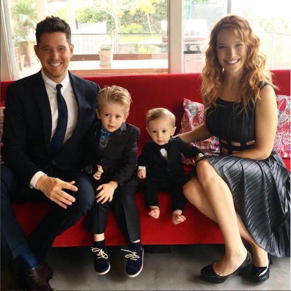 Filho do cantor Michael Bublé, de 3 anos, está com câncer