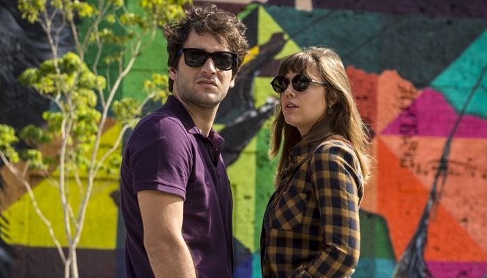 """Tiago (Humberto Carrão) e Isabela (Alice Wegmann) em cena de """"A Lei do Amor"""" (Foto: Globo/João Cotta)"""