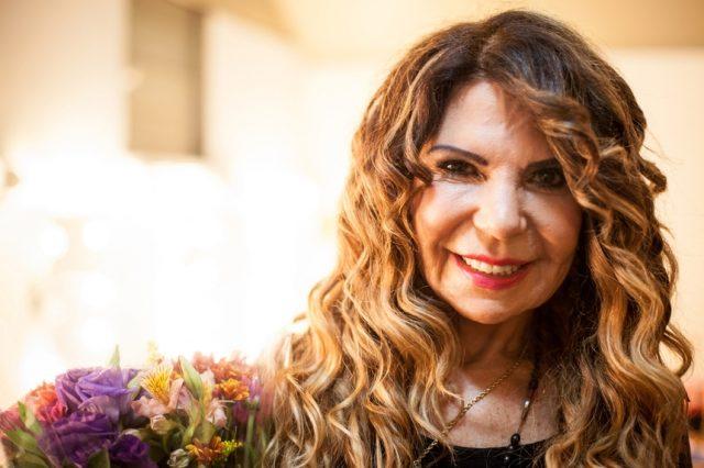 Elba Ramalho anunciou a gravidez da nora em sua rede social (Foto: Reprodução)