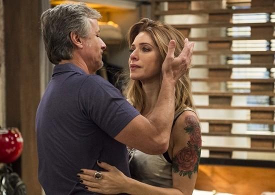 "Vittorio (Marcello Novaes) e Lenita (Leticia Spiller) em cena de ""Sol Nascente"" (Foto: Globo/Estevam Avellar)"
