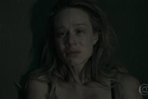 """Mariana Ximenes (Bruna) em cena do penúltimo episódio de """"Supermax"""" (Foto: Reprodução/Globo)"""