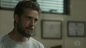 Cesar (Rafael Cardoso) em cena de 'Sol Nascente' (Foto: Reprodução/Globo)