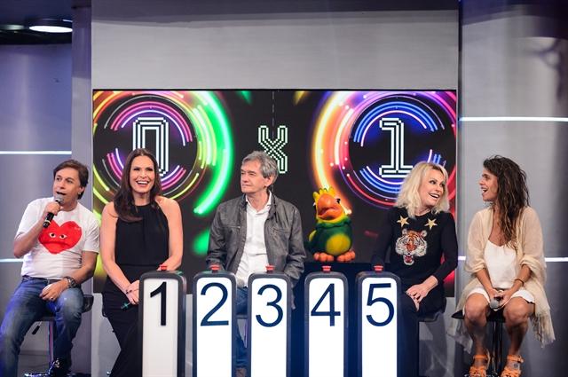 Tom Cavalcante, Laura Müller, Serginho Groisman, Louro José, Ana Maria Braga e Mariana Maffei (Foto: Globo/Ramón Vasconcelos)