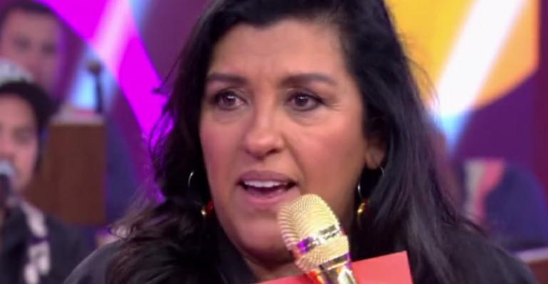 A apresentadora Regina Casé contou situação difícil do neto, filho de Benedita (Foto: Reprodução/Globo)