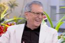 """Carlos Alberto apresenta """"A Praça é Nossa"""" (Foto: Reprodução/SBT)"""