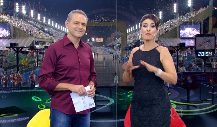 Luís Roberto vinha narrando Carnaval ao lado de Fátima Bernardes. (Foto: Reprodução/TV Globo)