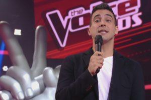 """André Marques na estreia do """"The Voice Kids"""" (Foto: Reprodução/Globo)"""