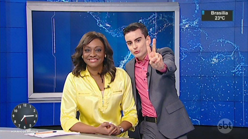 """Joyce Ribeiro e Dudu Camargo no """"SBT Notícias"""", hoje (06) (Foto: Reprodução/SBT)"""