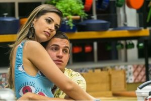 Vivian e Manoel (Reproução/Internet)