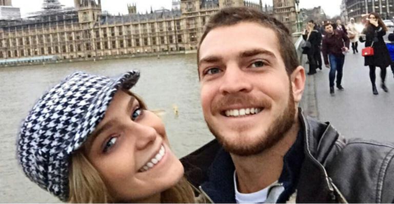 Isabella Santoni termina namoro com estudante
