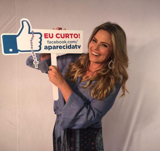 Maria Cândida assinou contrato com a TV Aparecida (Foto TV Aparecida)