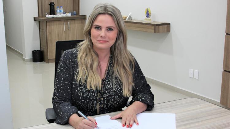Artesanato Util Em Tecido ~ Ex apresentadora da Record voltaà TV e assina contrato com a TV Aparecida u2013 TV Foco