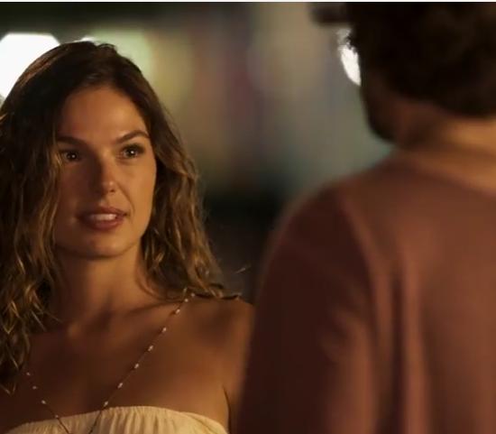 """Isis Valverde (Ritinha) e Fiuk (Ruy) em cena de """"A Força do Querer"""" (Foto: Reprodução/Globo)"""