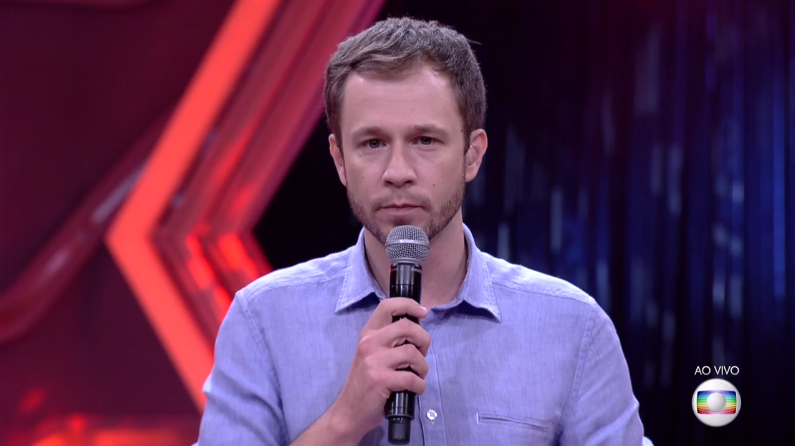 "Tiago Leifert apresenta o ""BBB17"" (Foto: Reprodução/Globo)"