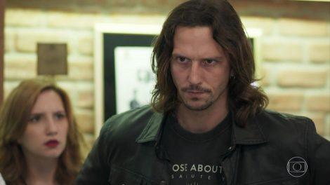 """Vladimir Brichta (Gui Santiago) em cena de """"Rock Story"""" (Foto: Reprodução/Globo)"""