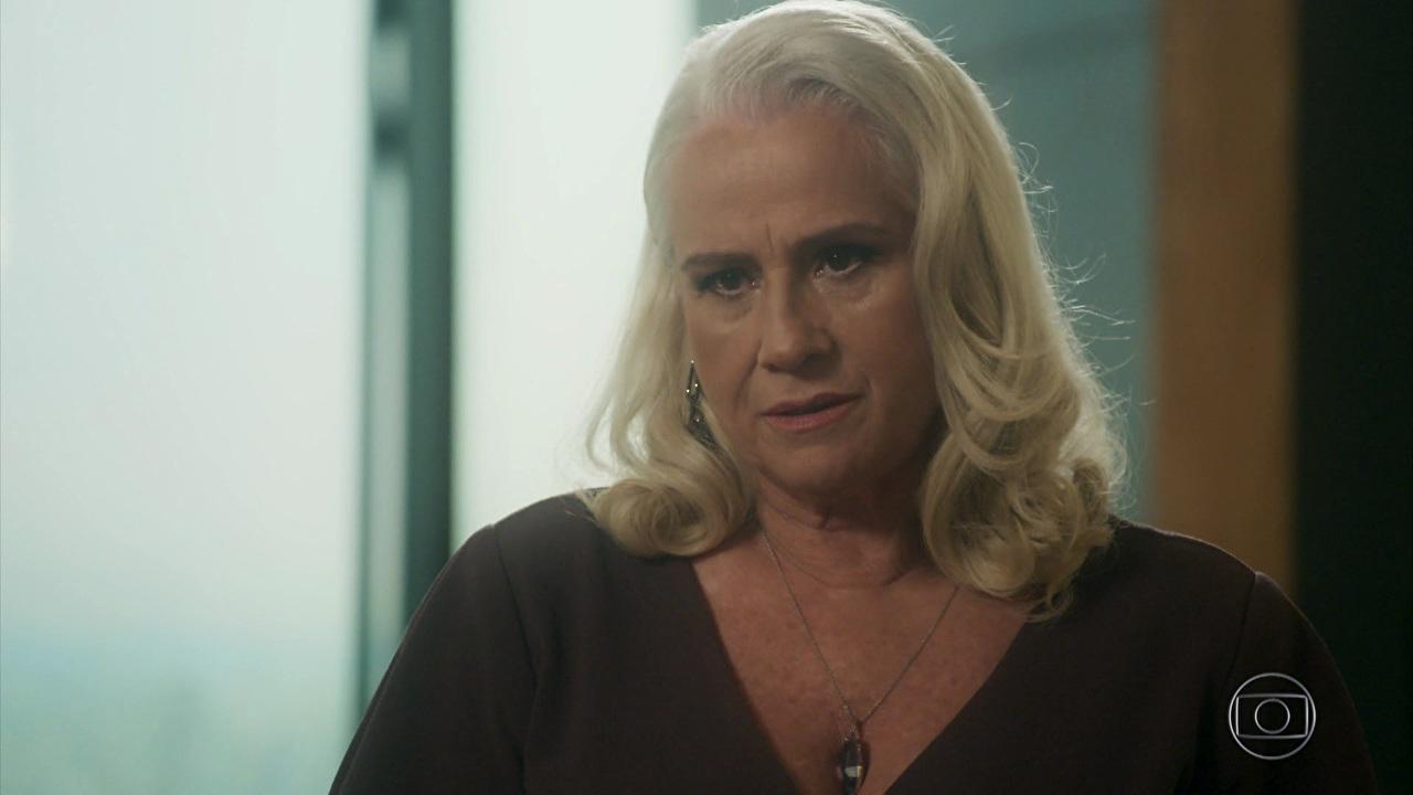 """Vera Holtz (Magnólia) em cena de """"A Lei do Amor"""" (Foto: Reprodução/Globo)"""