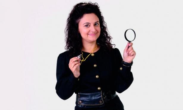 Carla Fioroni interpretou a Ernestina na trama juvenil (Foto: Divulgação/SBT)