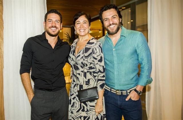 Zeca (Marco Pigossi), Silvana (Lília Cabral) e Caio (Rodrigo Lombardi) (Foto: Globo/João Miguel Júnior)