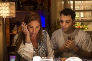 Mileide (Heloisa Perissé) e Gledson (Raphael Ghanem) (Foto: Globo/Mauricio Fidalgo)