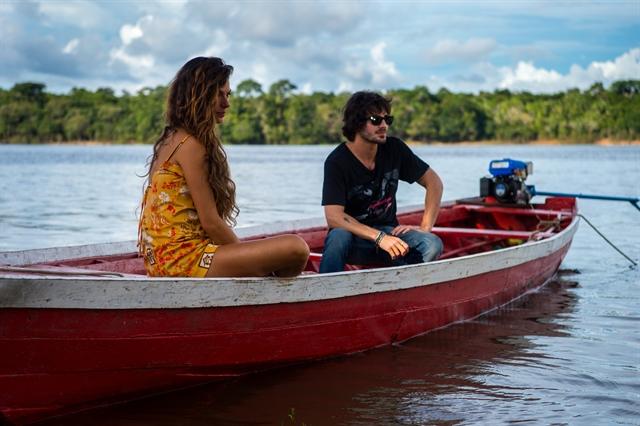 Rita (Isis Valverde) e Ruy (Fiuk) (Foto: Globo/Estevam Avellar)