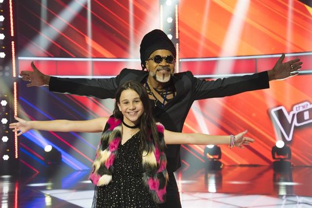 Carlinhos Brown e Valentina (Foto: Globo/Cesar Alves)