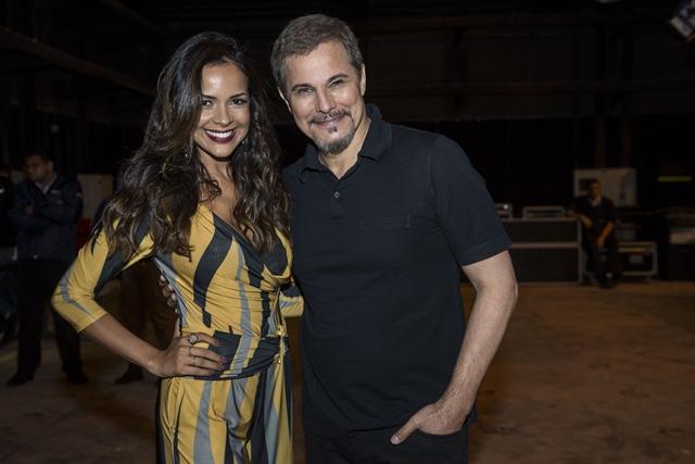 Dantas (Edison Celulari) e Shirley (Michelle Martins) (Foto: Globo/Mauricio Fidalgo)