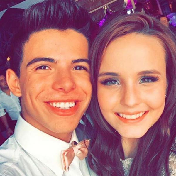 Os atores Larissa Manoela e Thomaz Costa. (Foto: Reprodução/Instagram)