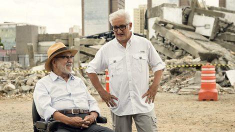 O ator Lima Duarte o diretor Luciano Moura. (Foto: Divulgação)