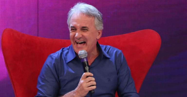 O apresentador Otávio Mesquita em participação no Programa Raul GIl (Foto: Divulgação/SBT)