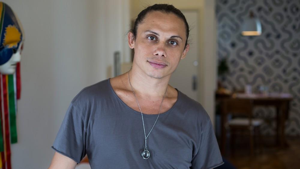 Silvero Pereira em A Força do Querer. (Foto: Fábio Audi)