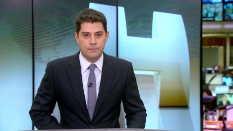 "Evaristo Costa durante o ""Jornal Hoje"" (Foto: Reprodução/Globo)"
