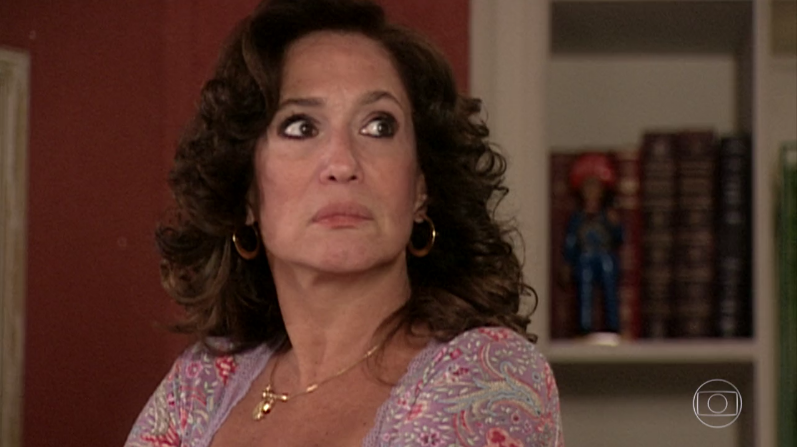 """Maria do Carmo (Susana Vieira) em cena de """"Senhora do Destino"""" (Foto: Reprodução/Globo)"""