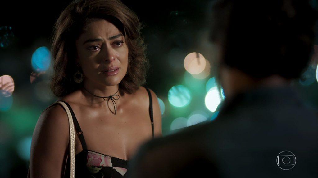 """Bibi (Juliana Paes) e Caio (Rodrigo Lombardi) em cena de """"A Força do Querer"""" (Foto: Reprodução/Globo)"""