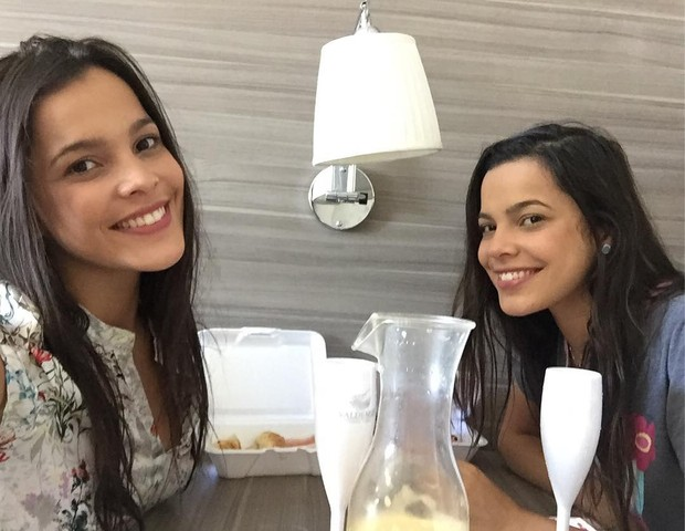 Emilly e Mayla (Foto: Reprodução/Instagram)