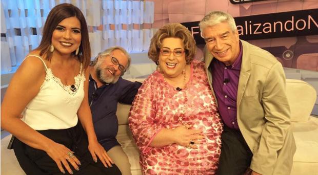 """Mara Maravilha, Leão Lobo, Mamma Bruschetta e Décio Piccinini no """"Fofocalizando"""" (Foto: Reprodução/Instagram)"""