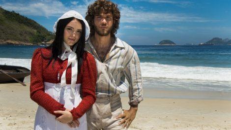 """Anna (Isabelle Drummond) e Joaquim (Chay Suede) em """"Novo Mundo"""" (Foto: Globo/Cesar Alves)"""